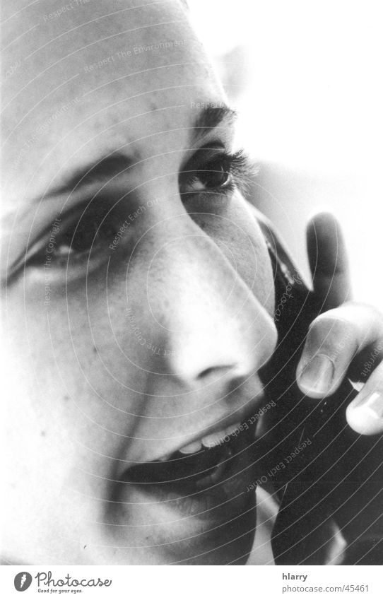The b/w portraits I Frau feminin Telefon nah Kuba Telefongespräch sprechen