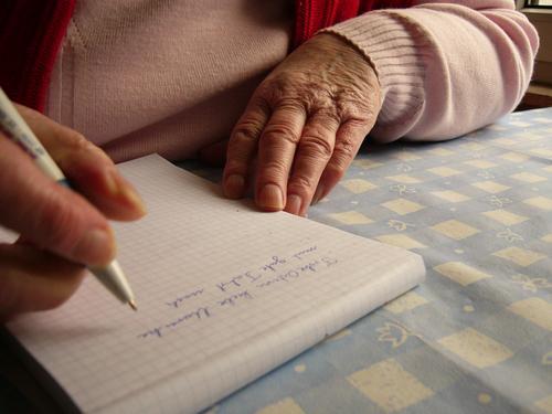 Hände Hand Senior Großmutter Mensch Weiblicher Senior