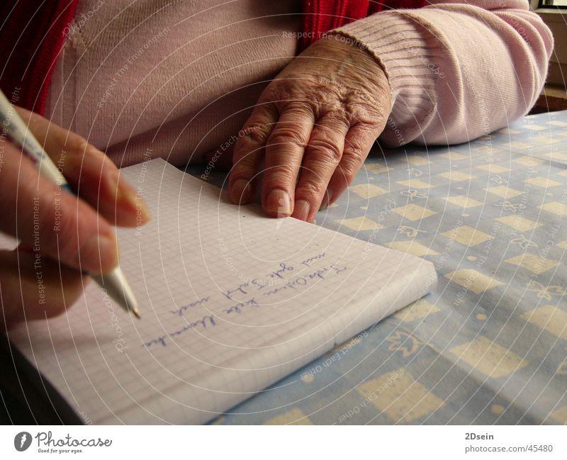Hände Mensch Hand Senior Großmutter Familie & Verwandtschaft Großeltern Weiblicher Senior