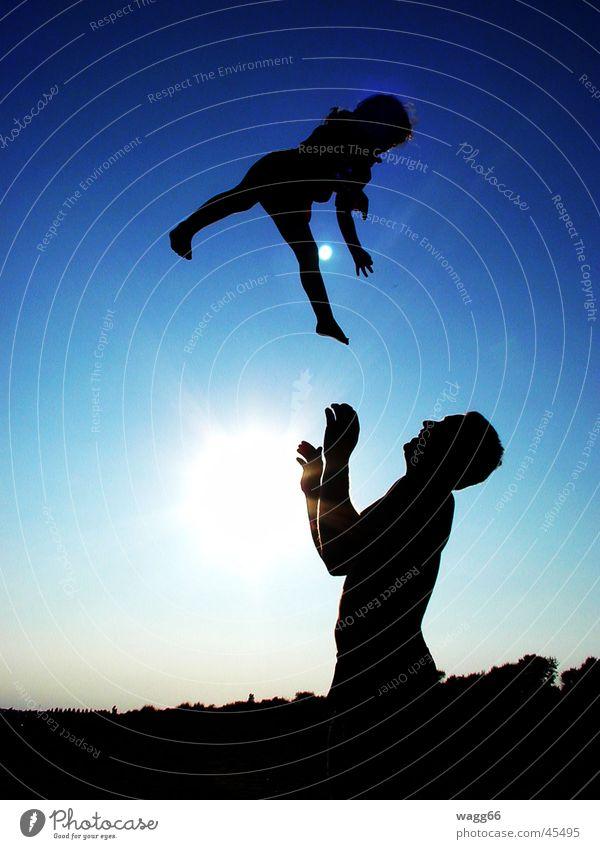 Engel ist vom Himmel gefallen, aber fang mich bloß Kind Mann Sonne Spielen fangen