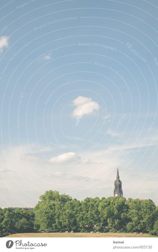 Sommerblick Himmel Natur blau Stadt grün Pflanze Baum Landschaft ruhig Wolken Umwelt Wärme Park Idylle Schönes Wetter Kirche