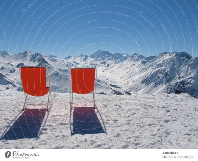Bergblick Liegestuhl Aussicht Panorama (Aussicht) Schweiz Österreich Winterurlaub Pause ruhig Zusammensein Gipfel Ferien & Urlaub & Reisen Europa Alpen Schnee