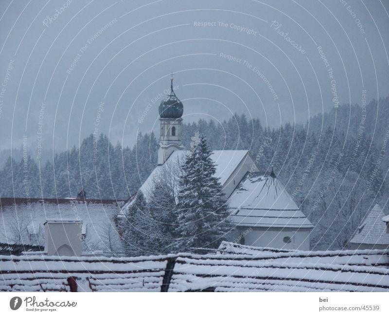 Kirche im Schnee Wald Landschaft Religion & Glaube Deutschland