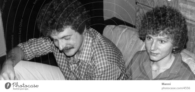 Afro look 1977 Frau Mann Haare & Frisuren Locken