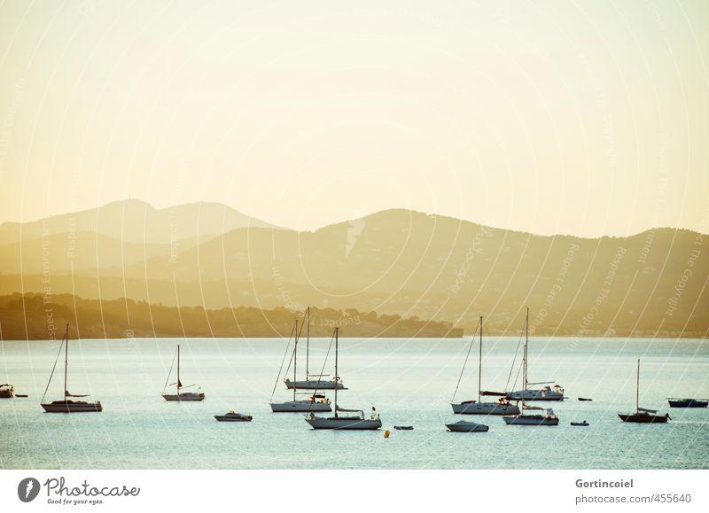 Côte d'Azur Umwelt Landschaft Sommer Berge u. Gebirge Küste Meer schön blau gelb Südfrankreich Segelboot Cote d'Azur Mittelmeer mediterran