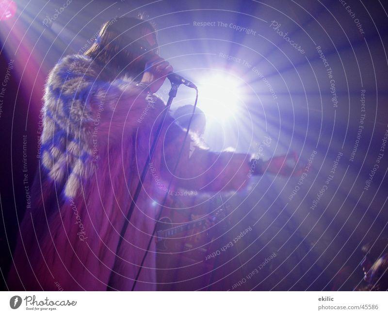 take my hand Musik Konzert Rockmusik Bühnenbeleuchtung Lightshow Sänger Performance