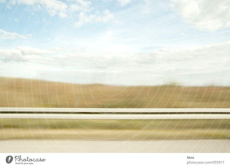 roadmovie -  nach nirgendwo Verkehrswege Straßenverkehr Autofahren Wege & Pfade Autobahn Linie Streifen Geschwindigkeit Mittelpunkt nackt Geschwindigkeitsrausch