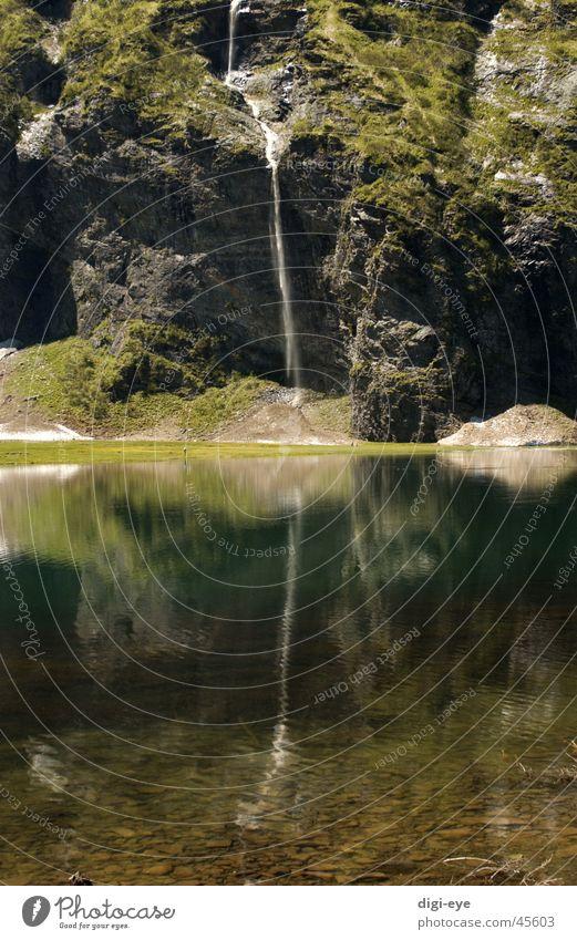 Wasserfall Natur Wasser Berge u. Gebirge See Idylle Gebirgssee
