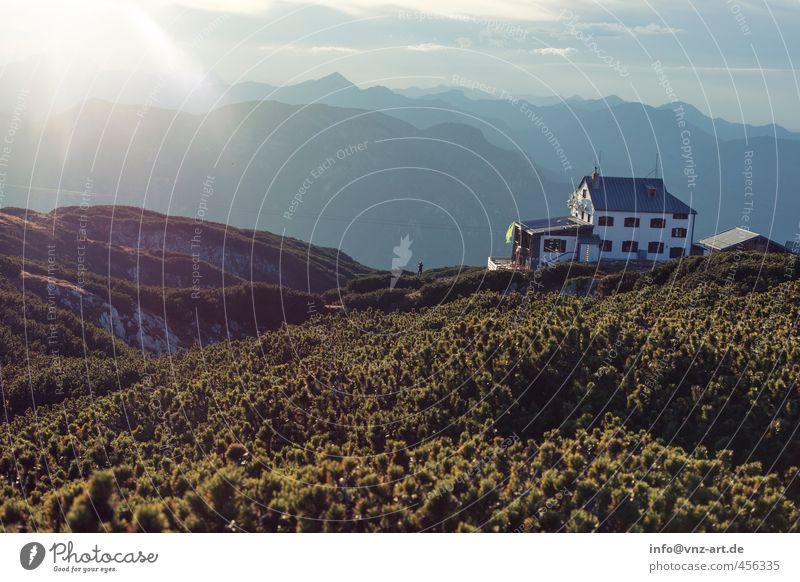 Ziel Himmel Natur Landschaft Freude Wolken Ferne Berge u. Gebirge Gras Freiheit Stimmung Feld Sträucher Aussicht Pause Hügel Hütte
