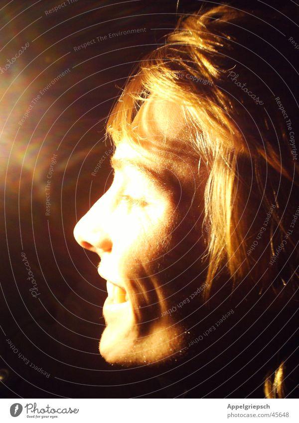 Bist du eine Sonne ? Licht Silhouette Mann Schatten Profil Kopf lachen Geister u. Gespenster