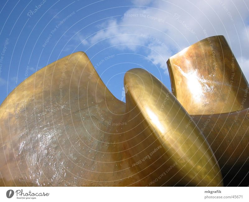 himmel über berlin Himmel blau Kunst gold Statue Messe Ausstellung