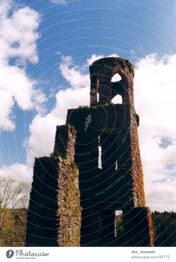 burgruine alt Architektur Macht Burg oder Schloss Ruine Republik Irland Ritter gigantisch gewaltig Burgruine