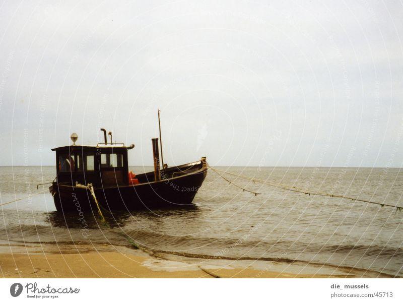 fischkutter See Wasserfahrzeug Wind obskur Ostsee Nordsee Fischerboot