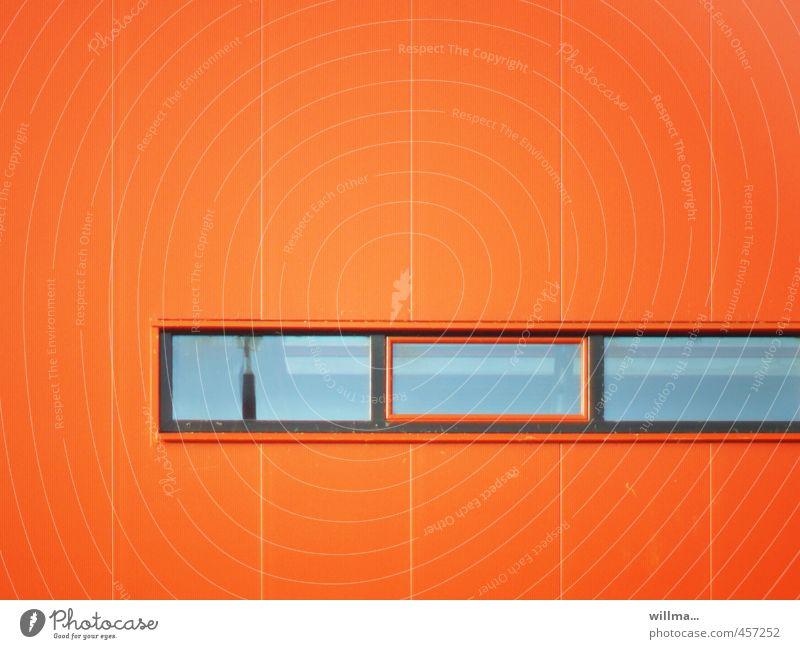 vom prinzip der geradlinigkeit. Haus Gebäude Architektur Industrieanlage Fassade Fenster eckig rot Linie gerade Moderne Architektur graphisch Farbfoto