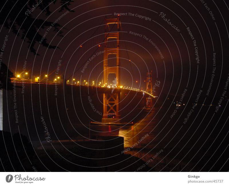 Golden Gate 2 Golden Gate Bridge San Francisco Nacht Langzeitbelichtung Brücke Licht Wasser