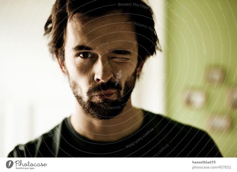 Tachchen Mensch Jugendliche Mann grün Junger Mann 18-30 Jahre Erwachsene Auge Leben Haare & Frisuren Stil Kopf maskulin elegant Lifestyle Rauchen