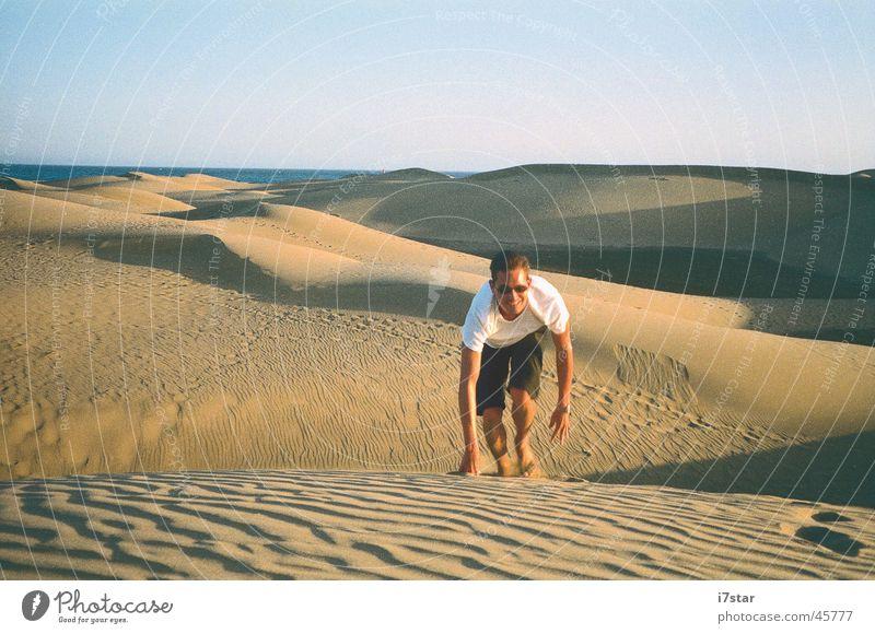 I'm walking Ferien & Urlaub & Reisen Sand Europa Wüste Klettern