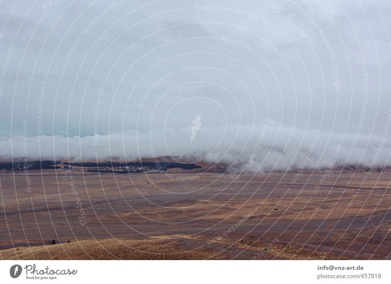 ImNebel Umwelt Natur Landschaft Urelemente Himmel Wolken Herbst Wetter schlechtes Wetter Wind Moos Wiese Feld Hügel Moor Sumpf blau grau mystisch Ferne Blick