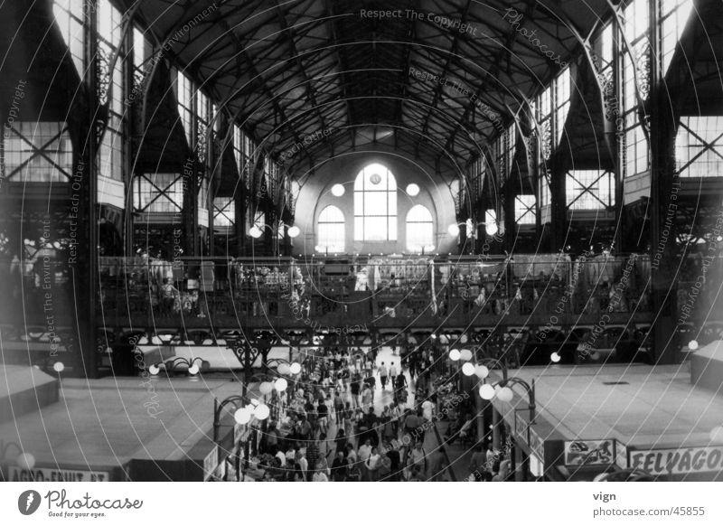 Budapest Europa Menschenmenge Lagerhalle Ungarn Markthalle
