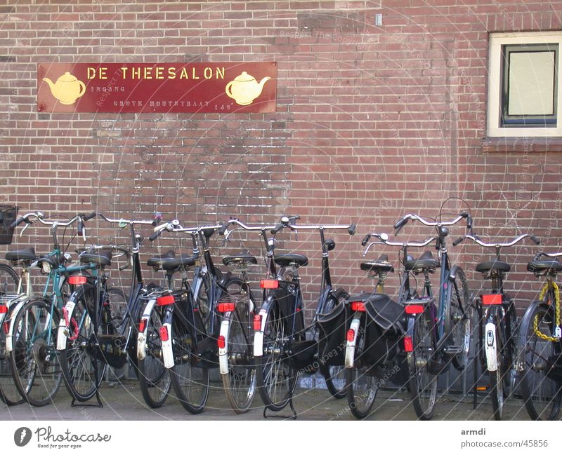 Parkplatz Ferien & Urlaub & Reisen Fahrrad Verkehr Niederlande Haarlem Fahrradparkplatz