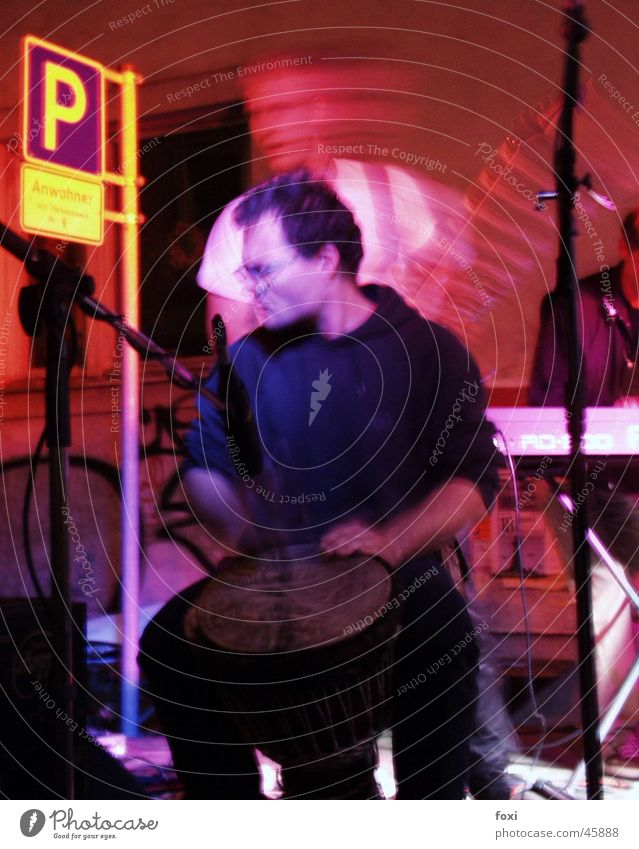 Live Gig Show Gitarre Bühne Musiker Trommel Parkschild