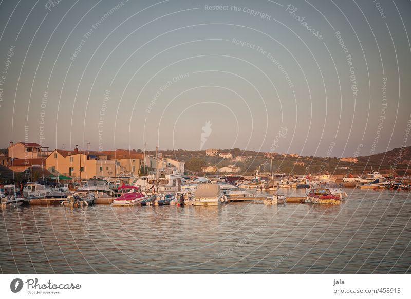 erinnerungsfoto Himmel Ferien & Urlaub & Reisen Sommer Meer Landschaft Haus Wärme Zufriedenheit Tourismus Lebensfreude Hafen Dorf Kroatien Segelboot Motorboot Sportboot
