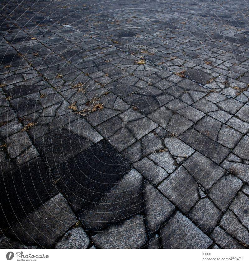dark side. Erde Herbst Wege & Pfade Stein Beton Linie Netzwerk alt dunkel eckig fest trist braun grau schwarz Trauer Tod Schmerz Einsamkeit Verbitterung