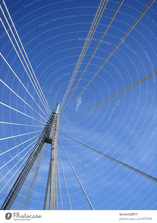 Brückenpfeiler Stahl Halterung Autobrücke Säule Seil Himmel Schweden gestänge Stab