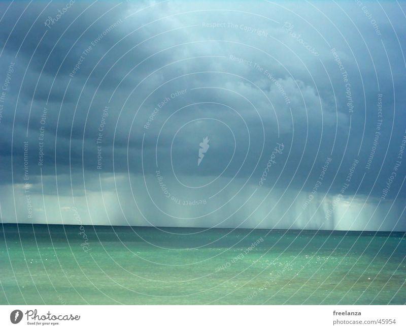 Regen Wasser Sonne Meer blau Strand Ferien & Urlaub & Reisen Wolken Regen