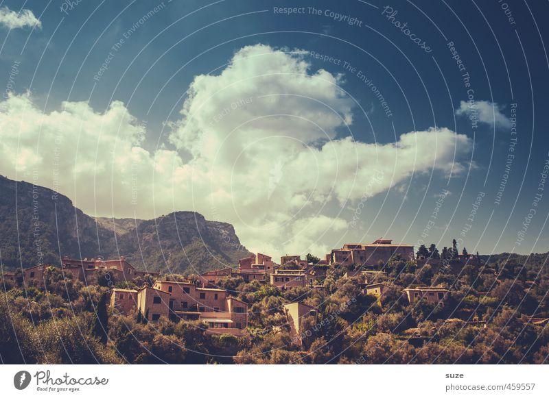Künstlerdorf Himmel Natur Ferien & Urlaub & Reisen Sommer Landschaft Wolken Haus Berge u. Gebirge Wärme Häusliches Leben Aussicht fantastisch Spanien historisch