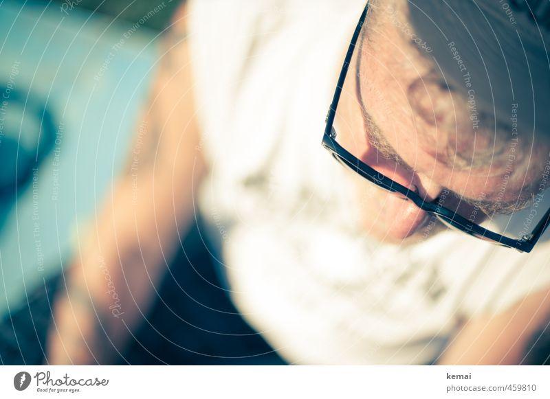 Wear sunglasses Mensch Mann Sommer Sonne Erwachsene Wärme Senior Haare & Frisuren hell Freizeit & Hobby maskulin Lifestyle 60 und älter 45-60 Jahre