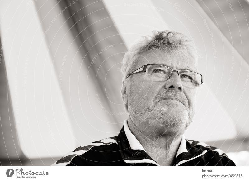 Momentaufnahme Mensch Mann Gesicht Erwachsene Auge Leben Traurigkeit Gefühle Senior Haare & Frisuren Denken Kopf maskulin nachdenklich authentisch 60 und älter