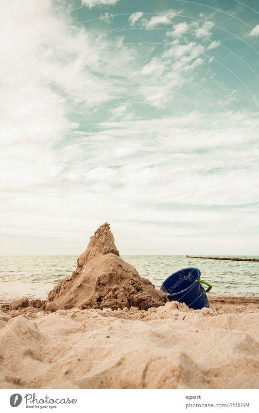 Schicksalsberg Ferien & Urlaub & Reisen Sommer Meer ruhig Freude Strand Ferne Spielen Sand Freizeit & Hobby Fröhlichkeit ästhetisch Burg oder Schloss Sommerurlaub bauen Basteln