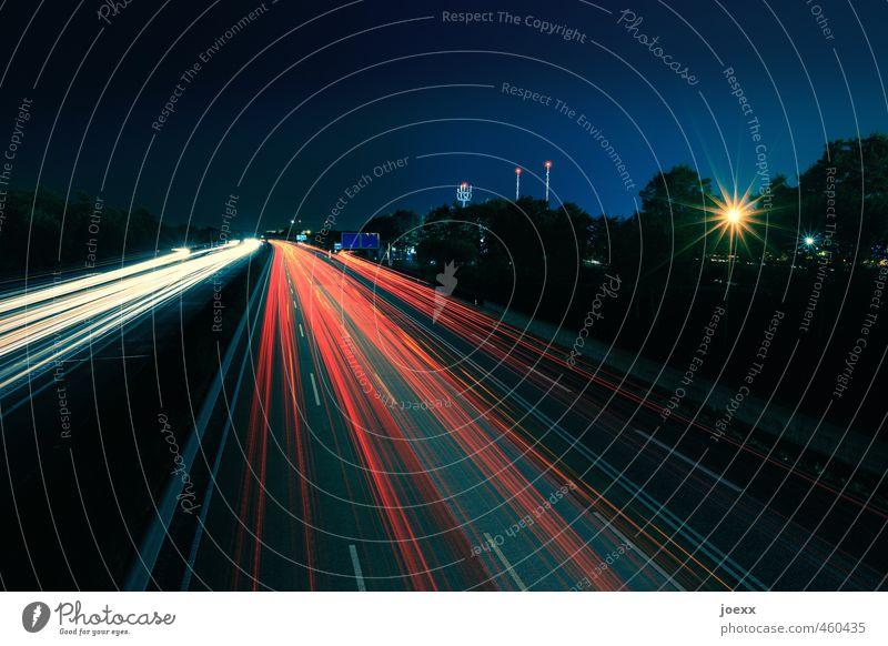 Hin und Zurück Himmel Nachthimmel Schönes Wetter Verkehr Verkehrswege Berufsverkehr Straßenverkehr Autofahren Autobahn Geschwindigkeit blau gelb rot schwarz