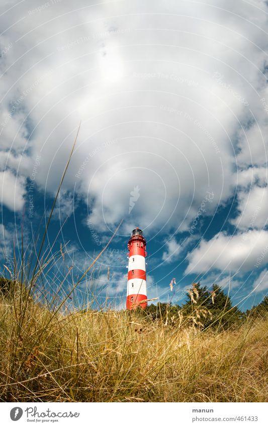 leuchtender Turm Natur Landschaft Wolken Nordsee Insel Leuchtturm Bauwerk Sehenswürdigkeit Ferien & Urlaub & Reisen Farbfoto Außenaufnahme Menschenleer