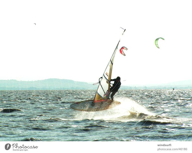 Airjibe in Podersdorf - Österreich Wasser springen Windsurfing