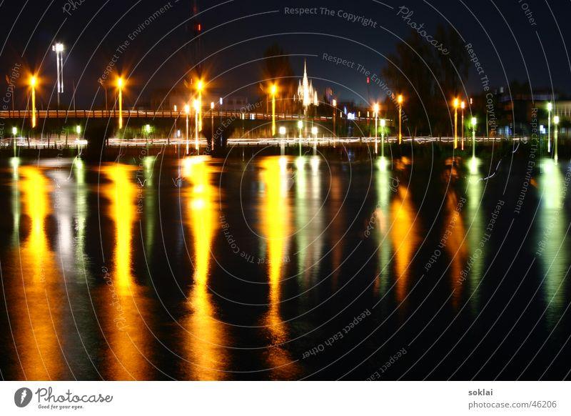 Thailand Surrathani Fluss bei Nacht Altar Süden Asien Hafenstadt dunkel Physik Langzeitbelichtung Außenaufnahme surrathani Licht Brücke southeastasia Ko Tao