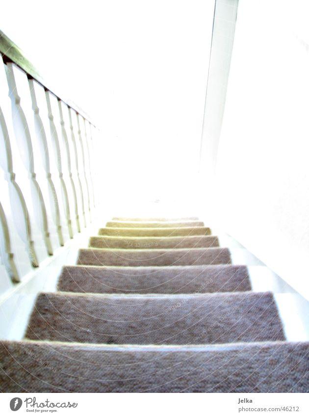 am ende das helle licht hell Treppe Geländer Tunnel abwärts Tunnelblick