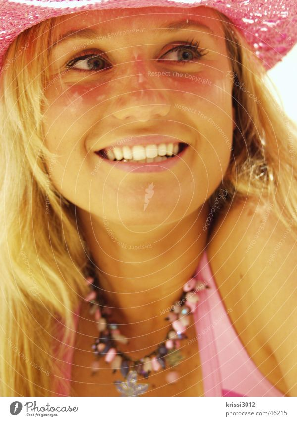 pink lady Frau schön Sommer Freude Gesicht Leben feminin lachen Glück Mode lustig blond rosa Nase Fröhlichkeit Bekleidung