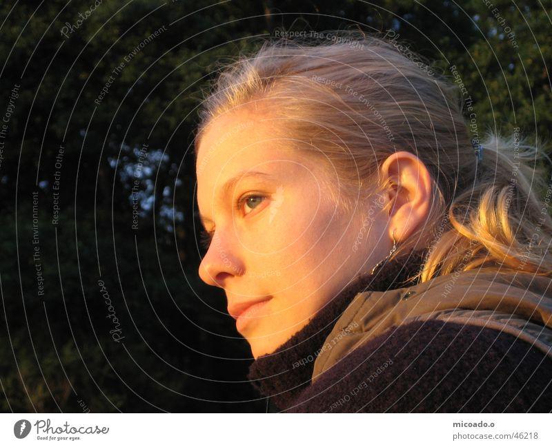 abendsonne Frau Sonne Erholung blond