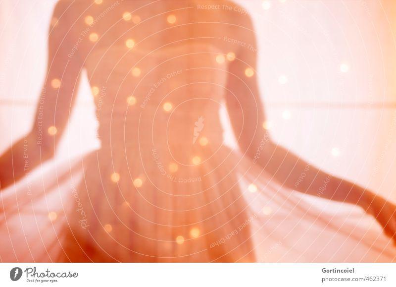 Sparkle Mensch feminin Junge Frau Jugendliche 1 18-30 Jahre Erwachsene glänzend Tanzen schön Blendenfleck Kleid Fee Elfe harmonisch Prinzessin schimmern