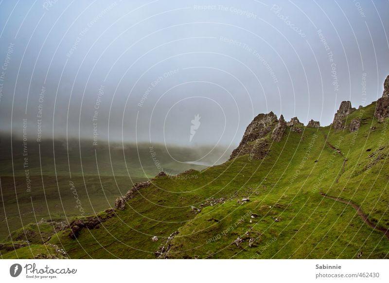 [Skye 14] Quiraing III Umwelt Natur Landschaft Urelemente Erde Himmel Wolken Sommer Klima schlechtes Wetter Sturm Nebel Pflanze Gras Moos Felsen
