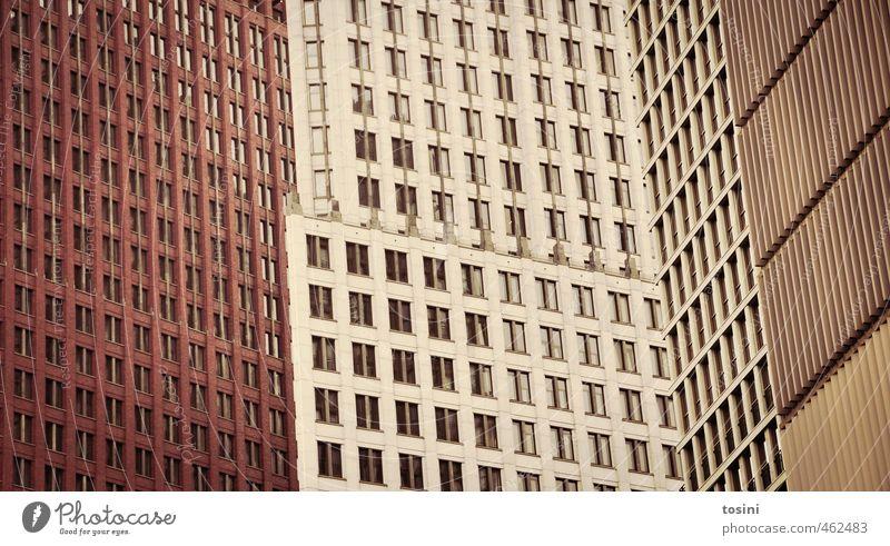 Muster Stadt Hochhaus Bankgebäude Bauwerk Gebäude Architektur Fenster braun Hochhausfassade Strukturen & Formen Klassische Moderne verfaulen Täuschung