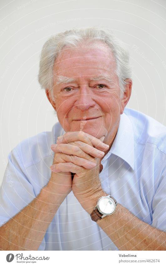 Älterer Herr Zufriedenheit Mensch maskulin Mann Erwachsene Männlicher Senior Großvater Kopf 1 60 und älter grauhaarig weißhaarig alt Freude Glück Fröhlichkeit