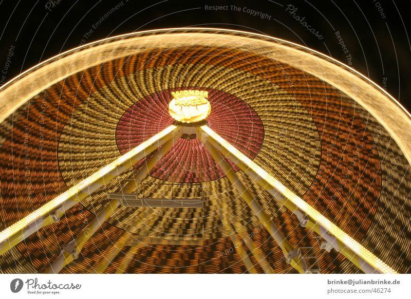 Wer will noch mal, wer hat noch nicht Riesenrad Koloss Jahrmarkt Nacht Licht Muster Langzeitbelichtung bewegungslos Krefeld Fairness wonder wheel night light