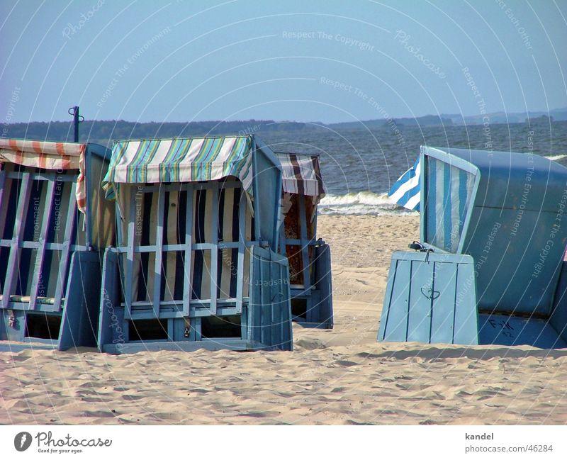Verlassen Wasser Sonne Meer blau Strand Herbst Sand geschlossen Insel Ostsee Strandkorb Usedom