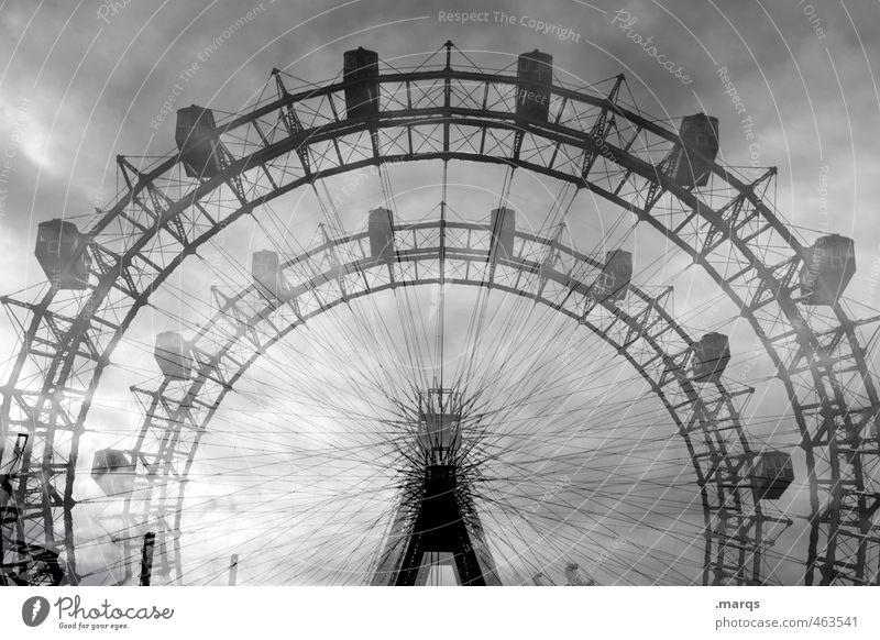 Kirmes Freude Ausflug Jahrmarkt Himmel Gewitterwolken Riesenrad außergewöhnlich bedrohlich frei schön Freiheit Freizeit & Hobby Nostalgie drehen