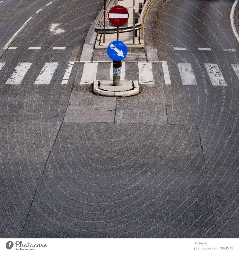 Stop and Go Ferien & Urlaub & Reisen Ausflug Verkehr Verkehrswege Autofahren Straße Straßenkreuzung Wege & Pfade Zebrastreifen Schilder & Markierungen