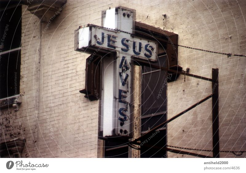 Jesus saves alt Religion & Glaube Schilder & Markierungen Rücken Hoffnung Amerika Verfall New York City Neonlicht Jesus Christus Christentum Fototechnik
