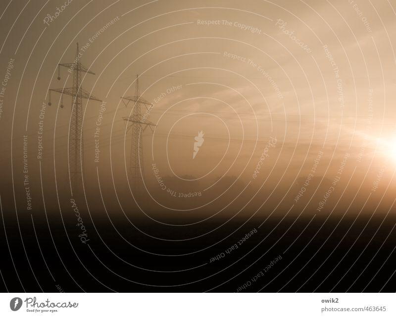 Stromaufwärts Natur Landschaft Umwelt Zusammensein Horizont Wetter Energiewirtschaft Nebel leuchten stehen Technik & Technologie groß hoch Klima Schönes Wetter planen
